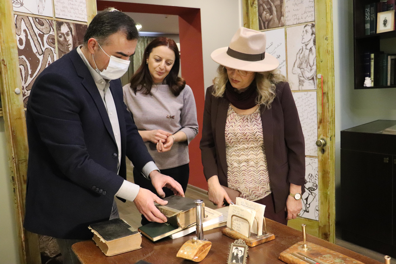 IMG 8976 - Lasha Zhvania and Smadar Tsemakh-Ratsab visited the Kote and Soso Tsereteli Memorial House-Museum